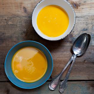 Rezept von Alfons Schuhbeck: Kürbissuppe mit Curry, Ingwer und Zimt
