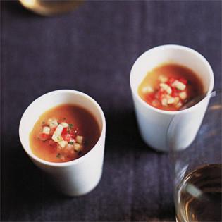 Rezept von Trish Deseine: Sellerie-Karotten-Suppe mit Salsa