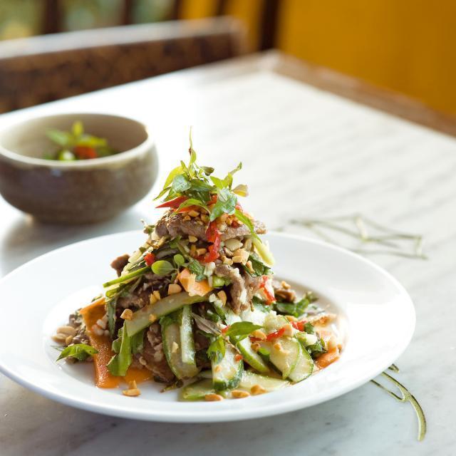 Rezept von Luke Nguyen: Tamarindenrindfleisch mit Gurkensalat