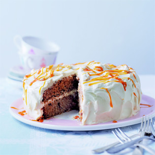 Rezept Von Cynthia Barcomi Apfel Walnuss Karamell Kuchen