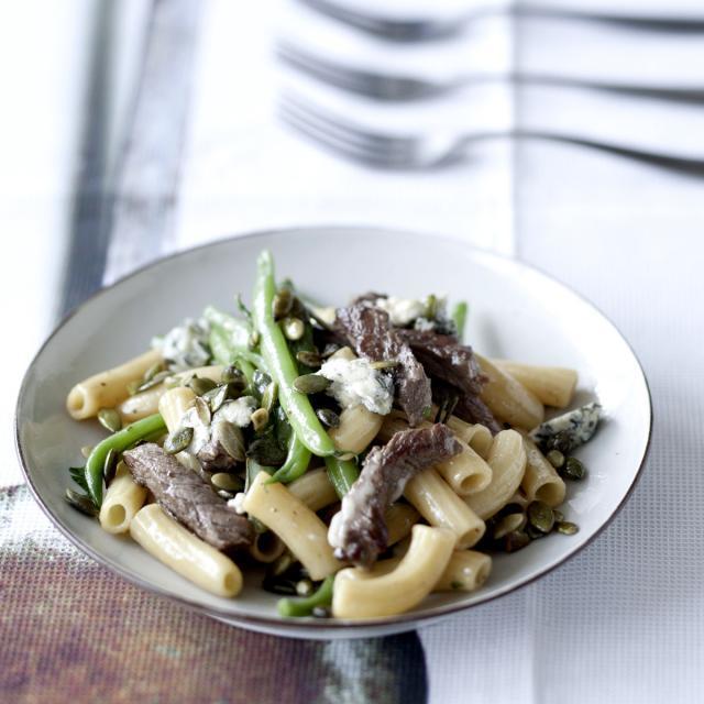 Rezept von Christian Rach: Pasta mit Rindfleisch, grünen Bohnen & Gorgonzola