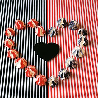 Rezept von Angel Adoree: Mini-Baisers mit Bonbonstreifen