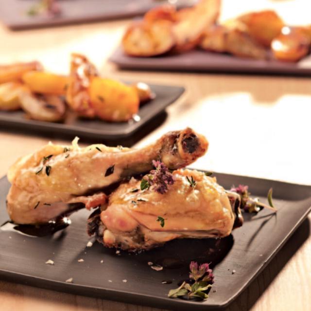 Rezept aus der Kräuterküche: Heißes Hühnchen mit Kräuterkartoffeln