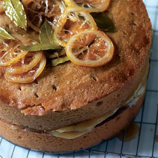 Rezept von Tamasin Day-Lewis: Lorbeer-Honig-Kuchen mit Lemon Curd