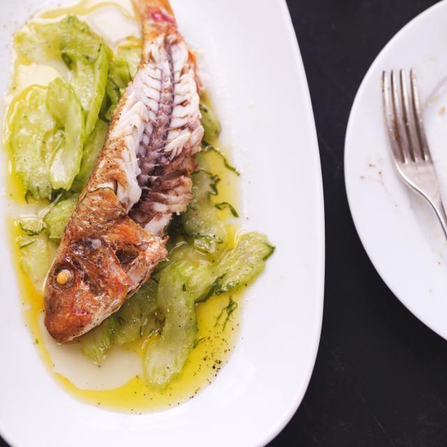 Rezept aus Barrafina: Rotbarbe mit Selleriesalat