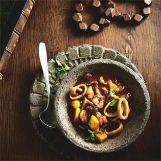 Rezept von Christoph Bürge: Calamares mit Kartoffeln, Tomaten und Oregano