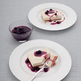 Rezept von Jane Hornby: Cheesecake mit weißer Schokolade & Blaubeeren