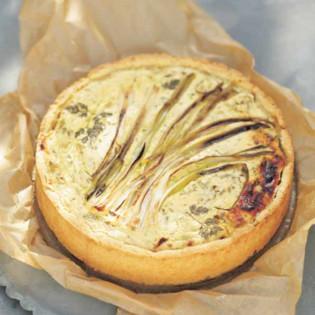 Rezept von Tanja Dusy: Quarkkuchen mit Kräutern & Frühlingszwiebeln