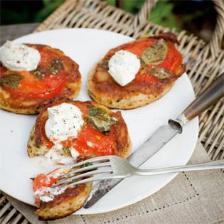 Rezept von Stephanie Alexander: Tomaten-Basilikum-Pfannkuchen