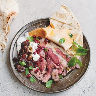 Rezept von Diana Henry: Auberginen-Granatapfel-Chutney mit Kardamom