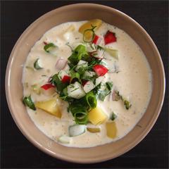 Rezept von Sally Butcher: Kalte Joghurtsuppe mit Safran