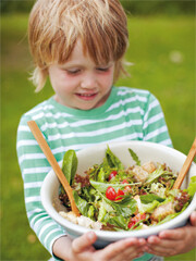 Rezept von Amanda Grant: Großer Gartensalat mit Croûtons