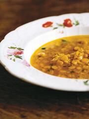 Rezept von Ravinder Bhogal: Maissuppe mit Reis und Ingwer