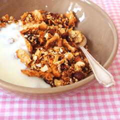 Rezept von Kille Enna: Apfel-Knuspermüsli mit frischem Ingwer