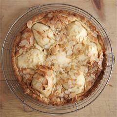 Rezept aus Zimtduft und warmer Apfelkuchen: Birnen-Tarte mit Mascarpone