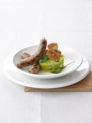 Rezept von S. Basler und B. Habermann: Salsiccia mit Salbeibutter und Lauch
