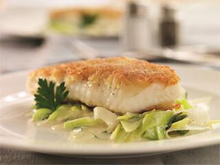 Rezept von Marlisa Szwillus: Fischfilet im Kartoffelmantel auf Lauchgemüse