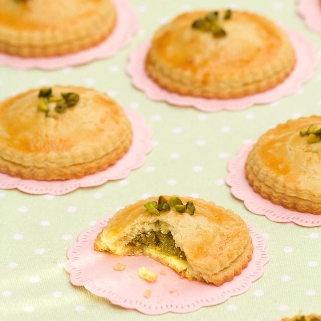 Rezept von Annik Wecker: Olivenölravioli mit Pistazien-Aprikosen-Füllung