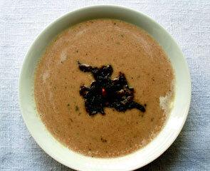Rezept von Ursula Heinzelmann: Maronen-Apfelsuppe mit Salbei