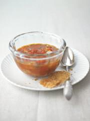 Rezept von Karen Schulz: Tomaten-Birnen-Suppe mit Parmesantalern