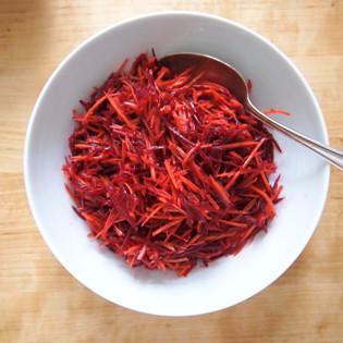 Rezept von Andy Harris: Rote-Bete-Karotten-Salat