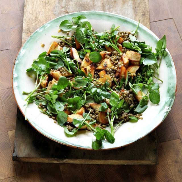 Rezept von Hugh Fearnley-Whittingstall: Brunnenkresse mit gerösteten Pastinaken