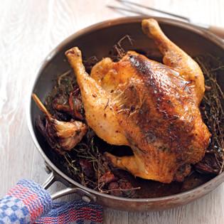 Rezept von Cornelia Poletto: Maronenhuhn mit Kräuterfüllung