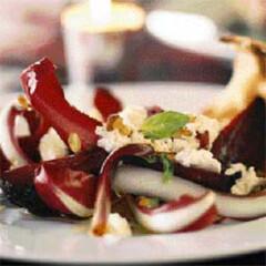Rezept von Henrietta Green: Rote Bete Salat mit Ziegenkäse und Toast Melba