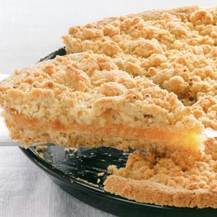 Rezept aus der Teubner Edition: Apfelmus-Haselnuss-Tarte