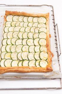 Rezept von Marian Flint: Blechkuchen mit Zucchini und Manchego