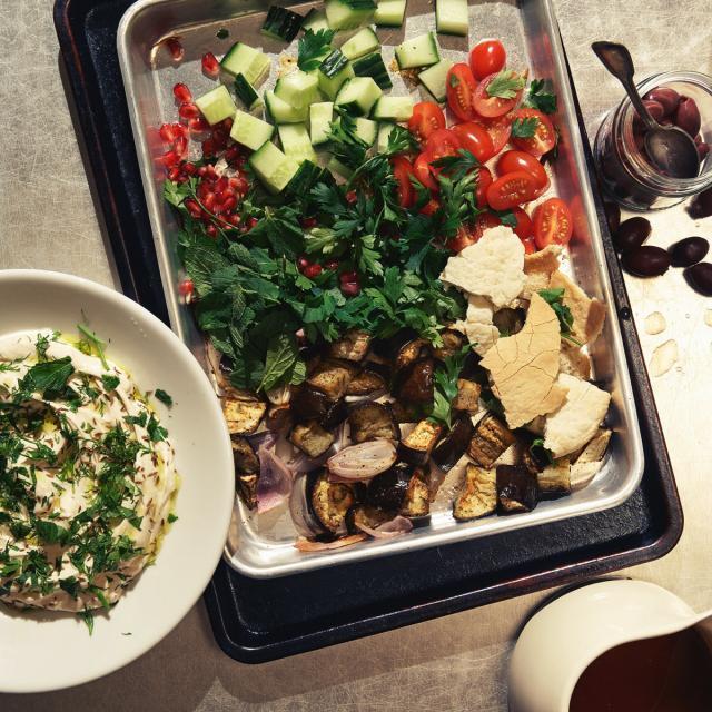 Rezept von Yvette van Boven: Libanesischer Brotsalat – Fattoush