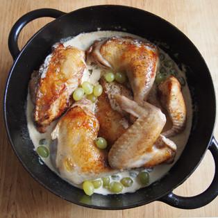 Aus Valentinas Küche: Hähnchen mit Trauben, Estragon und Sahne