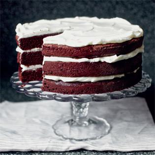 Rezept von Deb Perelman: Red Wine Velvet Cake with whipped Mascarpone