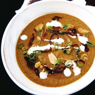 Rezept von Madalene Bonvini-Hamel: Auberginensuppe mit gerösteten Mandeln