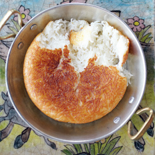 Rezept von Ariana Bundy: Safranreis mit Kruste (Tahdig)