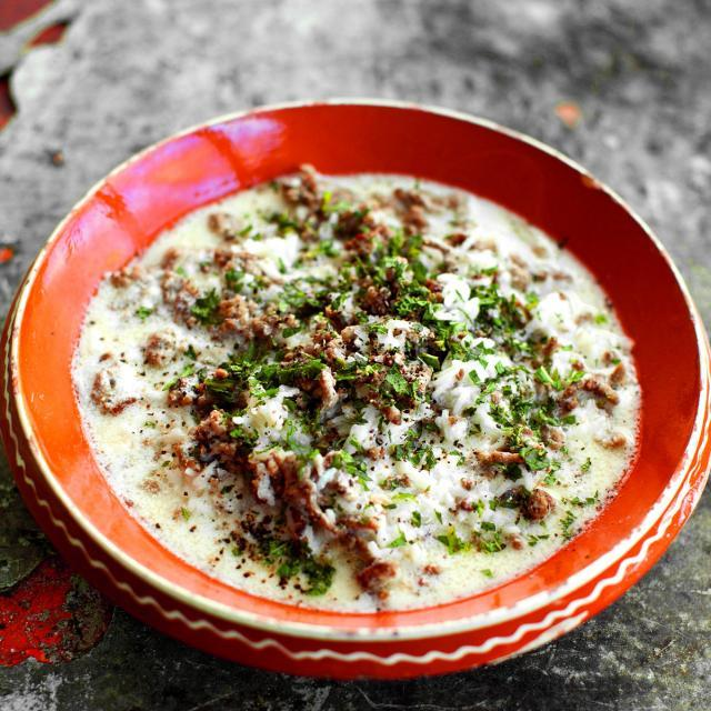 Rezept von Salma Hage: Lamm in Joghurtsauce