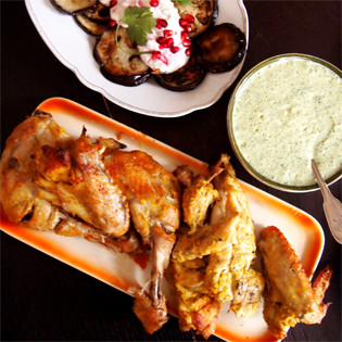 Rezept von Lindsey Bareham: Indisches Tandoori-Hühnchen mit Minzsoße