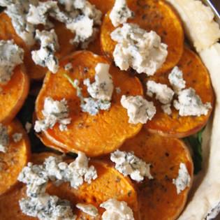 Rezept von Caroline Bretherton: Kürbis-Käse-Tarte mit Thymian