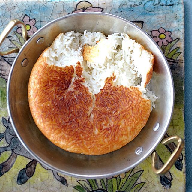 Rezept von Ariana Bundy: Tahdig – Safranreis mit Kruste