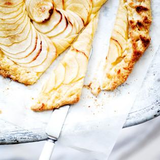 Rezept von Bernadette Wörndl: Glasierte Apfel-Galette