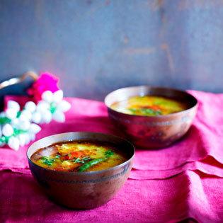 Rezept von Kumar und Suba Mahadevan: Dal mit gelben Linsen & Mungobohnen