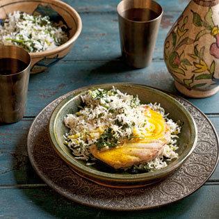 Rezept von Tess Mallos: Mohi Polo – Fisch mit Gemüsereis