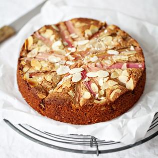 Rezept von Virginia Horstmann: Rhabarberkuchen mit Mandeln