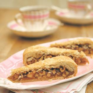 Rezept von Gaitri Pagrach-Chandra: Walnuss-Toffee-Pie
