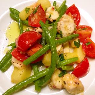 Rezept aus Die neue Fischkochschule: Oktopus-Salat mit Kartoffeln, grünen Bohnen & Tomaten