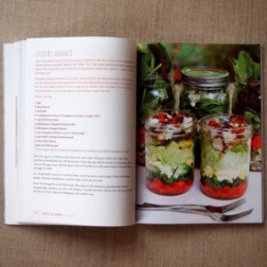 kochbuch-mason-jar-salads-julia-mirabella-inside-valentinas