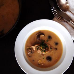 Rezept von Tine Giacobbo & Katharina Sinniger: Bergeller Pilzsuppe
