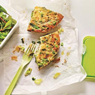 Rezept von James Ramsden: Pea, spring onion and Gruyère frittata