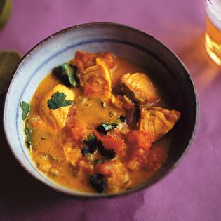 Rezept von Nigel Slater: Ein mildes, fruchtiges Lachs-Curry