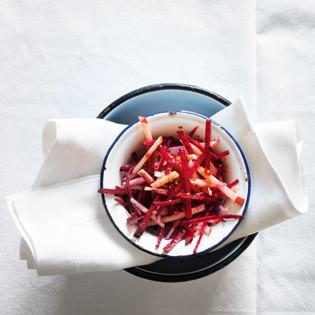 Rezept von tibits & Hiltl: Randen-Apfel-Salat